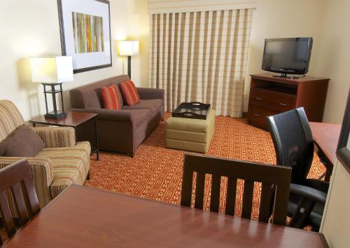 Homewood Suites by Hilton Anchorage Photo
