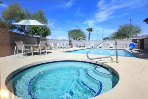Best Western Superstition Springs Photo