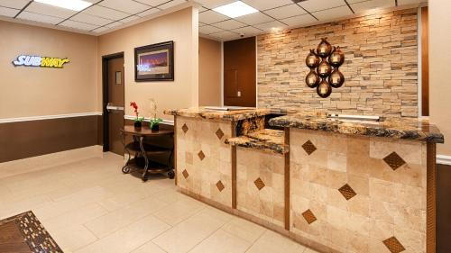 Best Western Tulsa Airport Photo