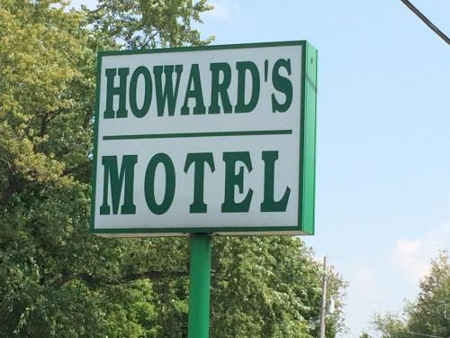 Howards Motel Photo