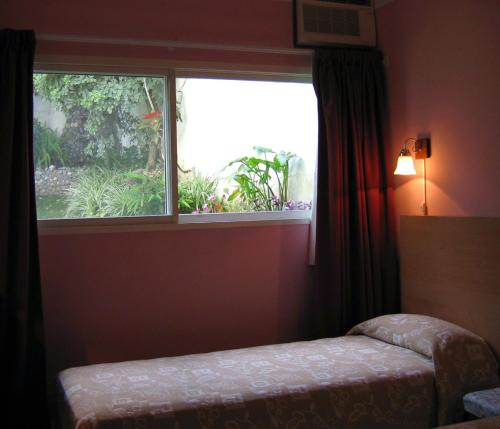 La Cascada Townhouse Hotel Photo