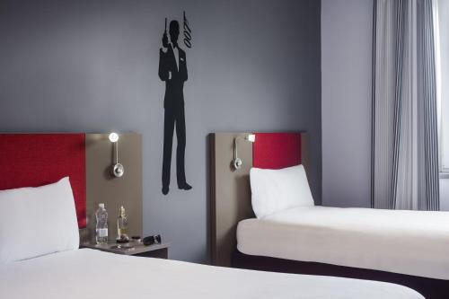 ibis Styles London Leyton photo 33