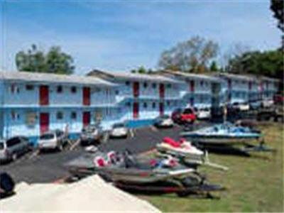 Brass Door Inn & Suites Lake Bull Shoals