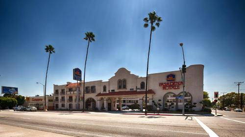 Best Western Pasadena Royale Inn & Suites Photo