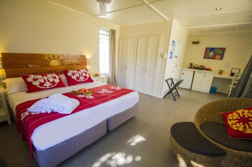 Manuia Beach Resort Photo