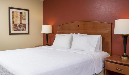 Hampton Inn Houston Stafford Photo
