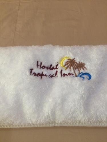 Hostal Tropical Inn Photo