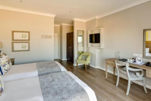 Protea Hotel by Marriott Stellenbosch Photo