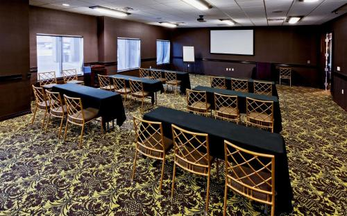 Hawthorn Suites by Wyndham Lubbock Photo