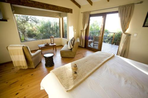 Elephant Hide of Knysna Guest Lodge Photo