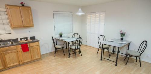 Los Angeles Vacation Apartments Photo