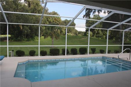 Lakeside Vacations In Inverness Fl Free Internet Swimming Pool Outdoor Pool Restaurant