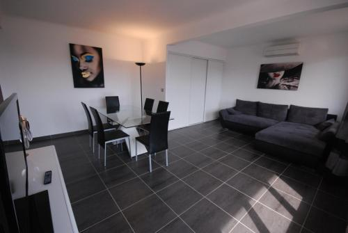 Bougainvilliers Nord 48202 - cannes - booking - hébergement