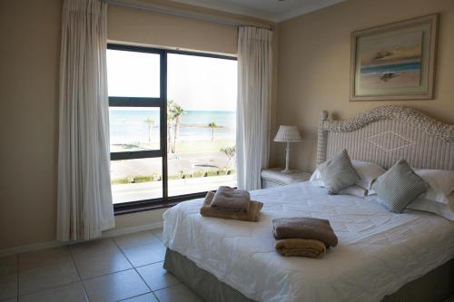 Summer Place Gordons Bay Photo