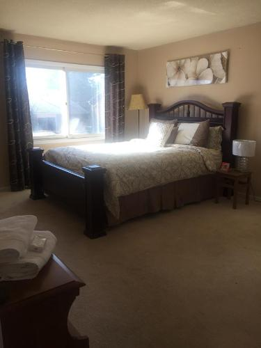 A Suite Escape Guest House Toronto Photo