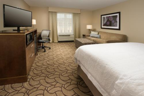 Hampton Inn & Suites San Antonio-Downtown/Market Square Photo