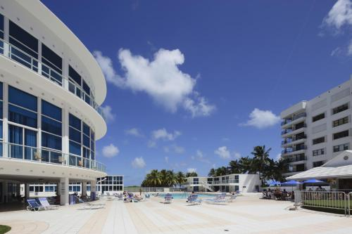 New Point Miami Beach Apartments Photo