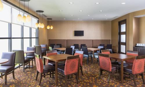 Residence Inn by Marriott Youngstown Warren/Niles Photo