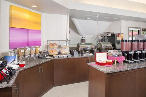Residence Inn Cherry Hill Philadelphia Photo