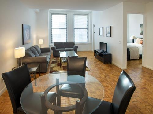 Downtown - 71 Broadway – A Premier Furnished Apartment Photo