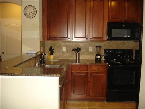 Charo Parkway Apartment 812 Photo