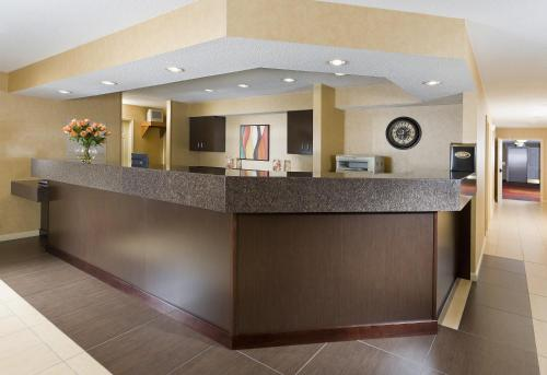 Residence Inn by Marriott Cedar Rapids Photo