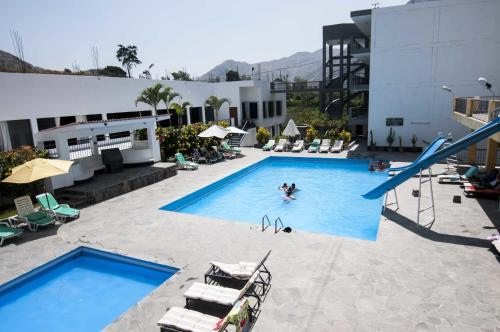 Hotel Embassy Rio Lunahuana Photo