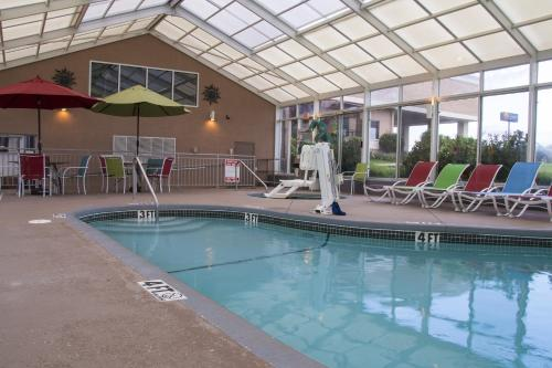 Lamplighter Inn and Suites - North Photo