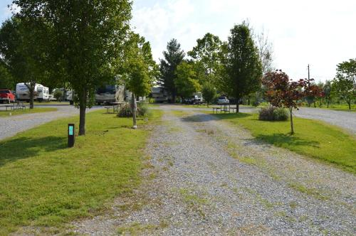 Baileyton RV Park & Cabins – A Cruise Inn Park Photo