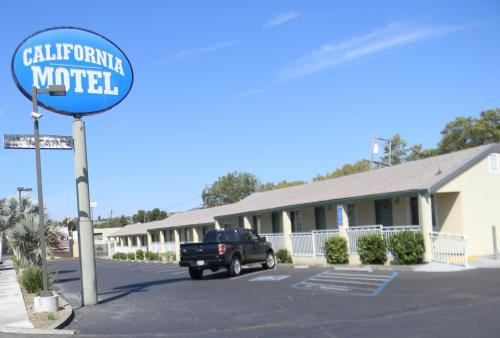 Picture of California Motel/><p class=