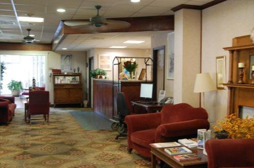 The Park Central Hotel Photo