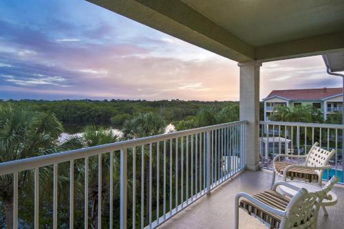 DoubleTree Suites by Hilton Naples Photo