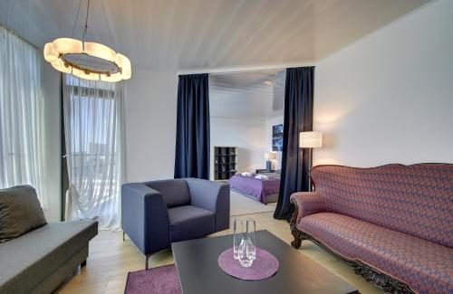 http://www.booking.com/hotel/lt/panoramic-vilnius-helios-city-apartments.html?aid=1728672