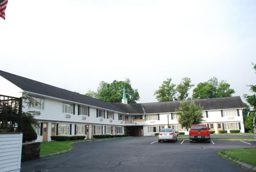 Hollow Inn and Motel Photo