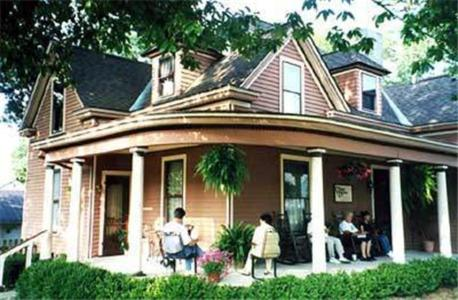 The Corner House Bed & Breakfast Photo
