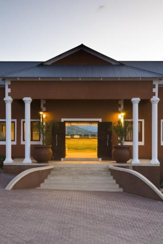River Crossing Lodge - windhoek -