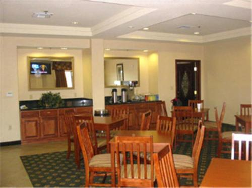 Best Western Plus Executive Inn – 47265