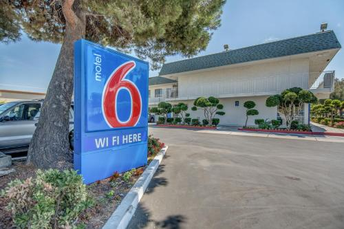 Motel 6 Tracy Photo