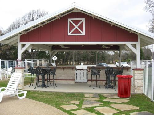 Mill Creek RV Resort - A Cruise Inn Park Photo