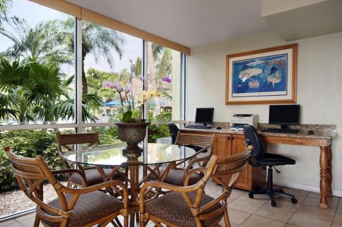 Best Western Key Ambassador Resort Inn Photo