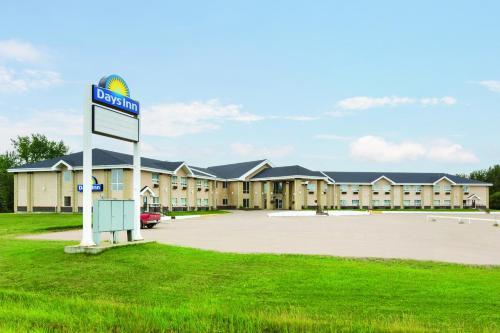 Days Inn High Prairie Photo
