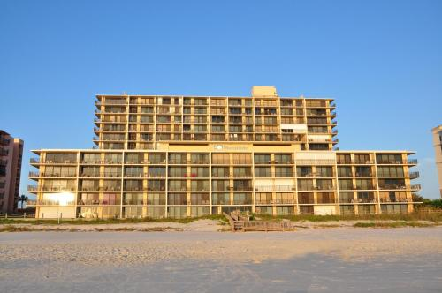 The Moontide Condominium Photo