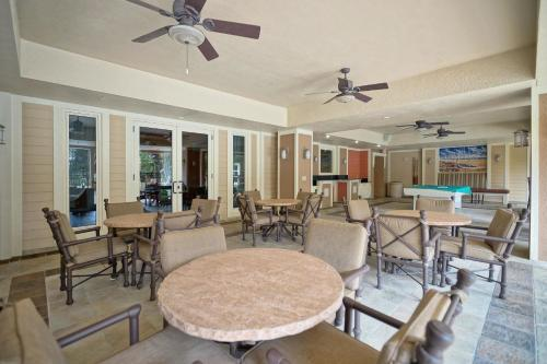 The Grand at Bay Point by Panhandle Getaways Photo
