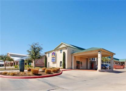 Photo of Best Western Cedar Inn
