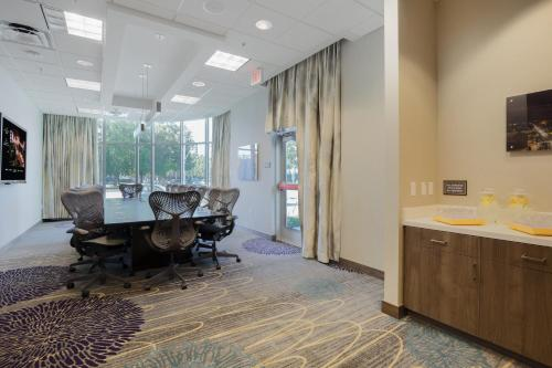 SpringHill Suites by Marriott San Jose Airport Photo