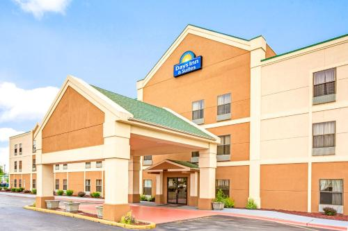 Days Inn - Harvey