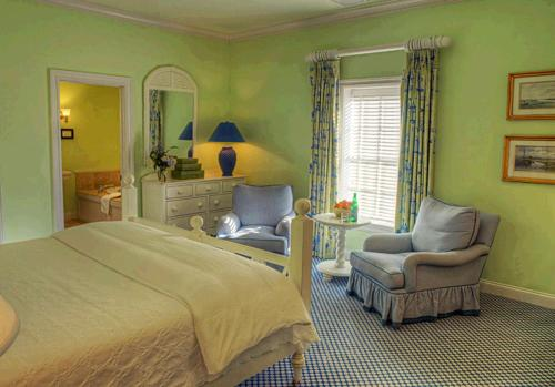 Inn at Stonington - Stonington, CT 06378