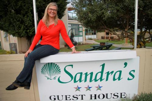 Sandra's Guest House Photo