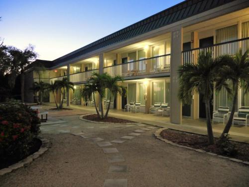 Wyndham Garden Fort Myers Beach Photo