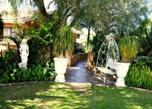 Cape Wine Route Guest House Photo
